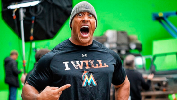 "Dwayne ""The Rock"" Johnson's meal plan: eating 10 pounds of food during the day"