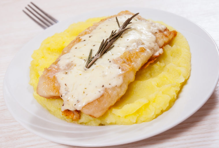 Pangasius Fillet with Mashed Potatoes